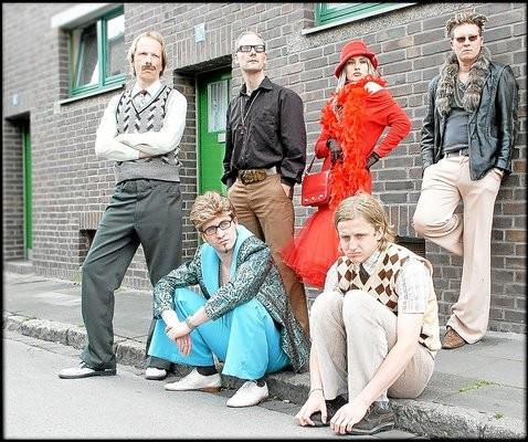 Sie lassen kein Klischee aus: Der Familie Popolski verknüpft ihr musikalisches Schaffen mit einem abgedrehten humoristischen Background.Foto: (pd)
