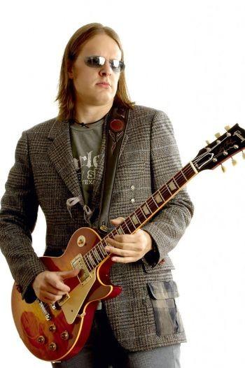 24.04.2007 - Bonamassa zaubert erneut auf der Gitarre
